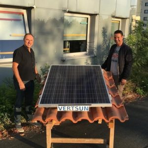 Des panneaux solaires ne peuvent etre inflammables