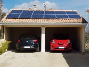 associer un kit solaire autonome avec la voiture electrique